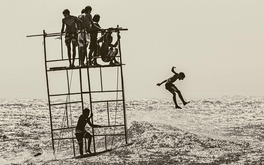 Flying to the Sea de André Ribeiro